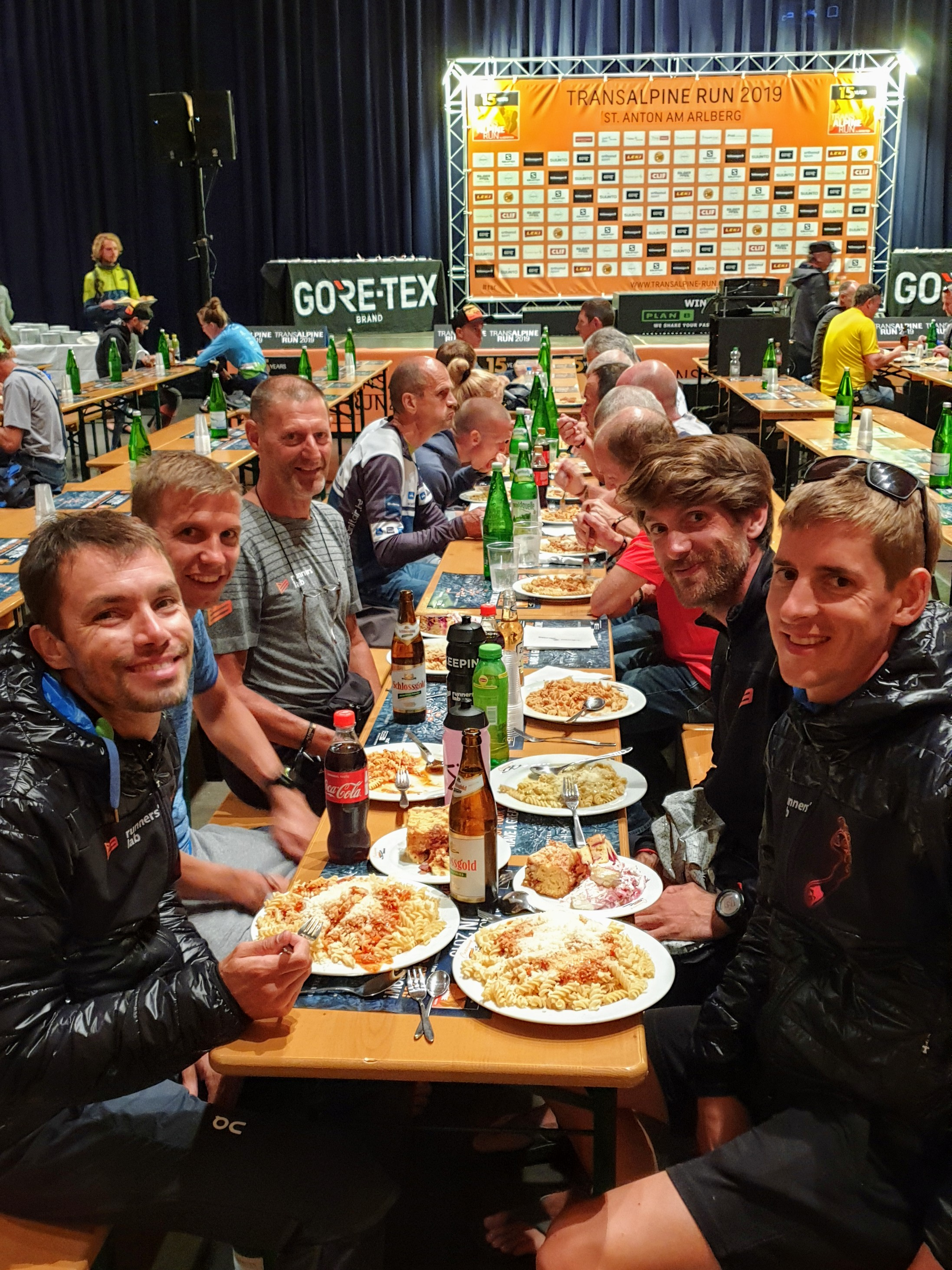 team_runners_lab_transalpine_run_2019_pasta_party